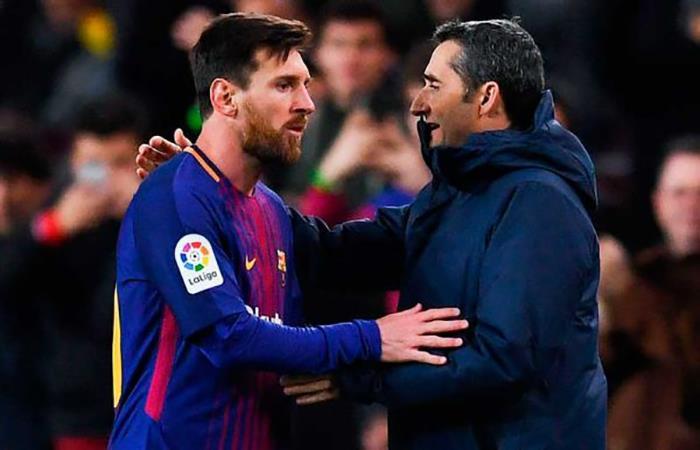 Lionel Messi y Ernesto Valverde. (AFP). Foto: AFP