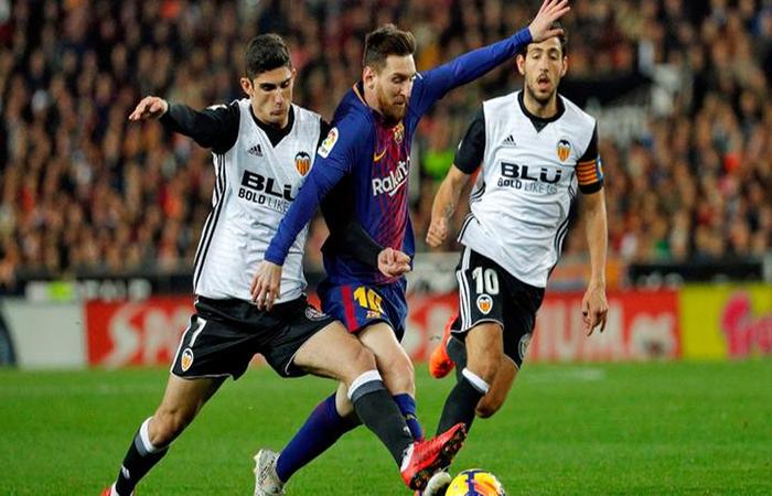 Lionel Messi enfrenta al Valencia para acercarse al título de LaLiga. (EFE)