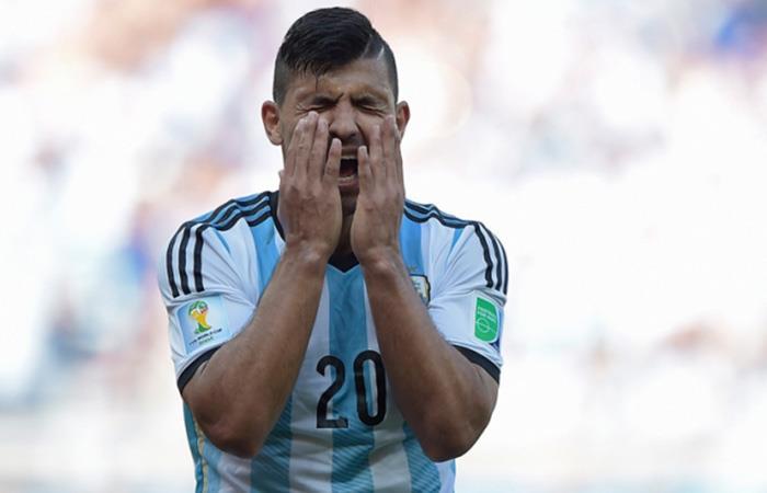 Selección Argentina : ¿Cuánto tiempo de para estará Sergio Agüero?