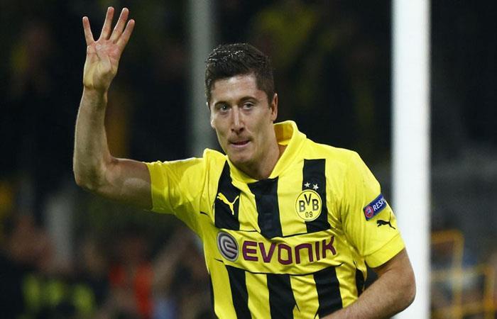 Robert Lewandowski en la noche de los cuatro goles. (AFP). Foto: AFP