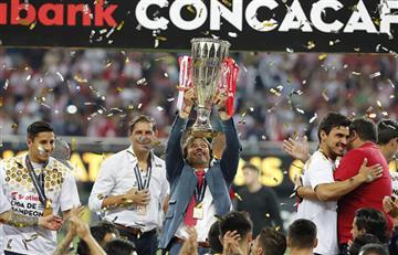 Matías Almeyda se coronó campeón de la Concachampions con Chivas