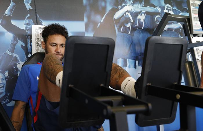 Neymar se entrena para llegar en buena forma al Mundial. (FOTO: Twitter PSG)