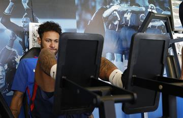 Neymar se pone en forma para llegar al Mundial con Brasil