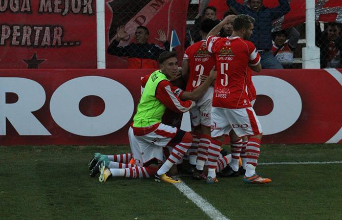 El 'Cruzado' se hizo fuerte al golear y eliminar a 'Chaca' por la Copa Argentina (Foto: Twitter)