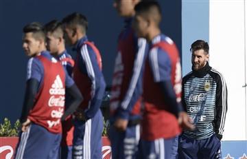 Lionel Messi llegó a Ezeiza para sumarse a la Selección Argentina