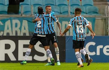 Gremio derrotó a Defensor Sporting y clasifica a los octavos de la Copa Libertadores