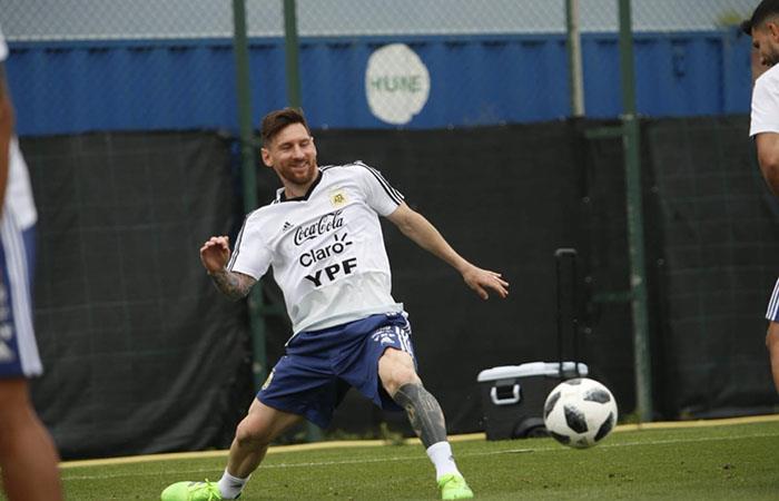 La Selección Argentina continúa su preparación en Barcelona. (FOTO: Twitter)
