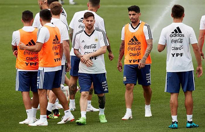 La Selección entrena en Barcelona. (FOTO: EFE)