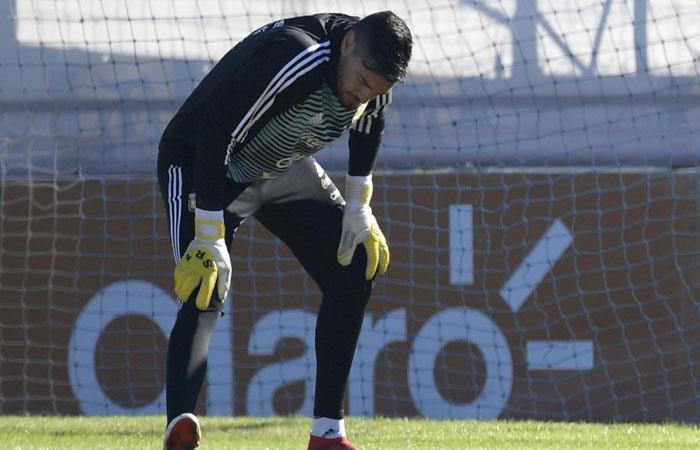 Sergio Romero fue uno de los lesionados en la Argentina de cara al Mundial. (FOTO: AFP)