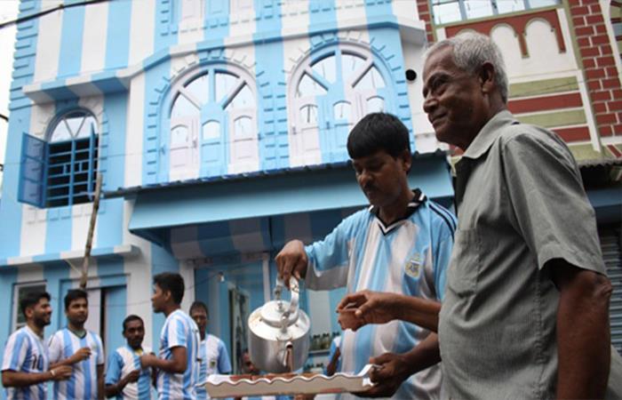 Lionel Messi: admirador pinta su casa de 'albiceleste' en la India