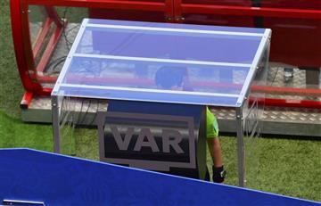 Francia vs Australia: el VAR hizo su primera aparición de manera polémica
