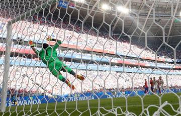 Serbia derrotó a Costa Rica por 1-0 con golazo de Kolarov