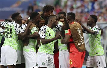Nigeria derrota a Islandia y se mete en la pelea por los octavos del mundial