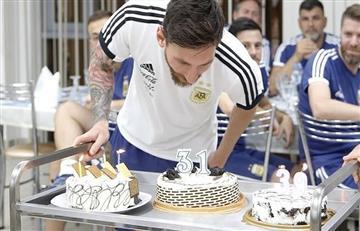 Lionel Messi recibe el cariño de su familia y amigos por su cumpleaños