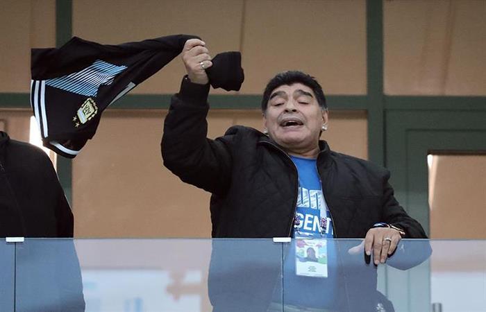 Diego Armando Maradona estará en el estadio para el Argentina vs Nigeria. Foto: EFE