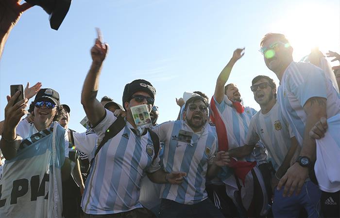 Hinchas argentinos (Foto: EFE)