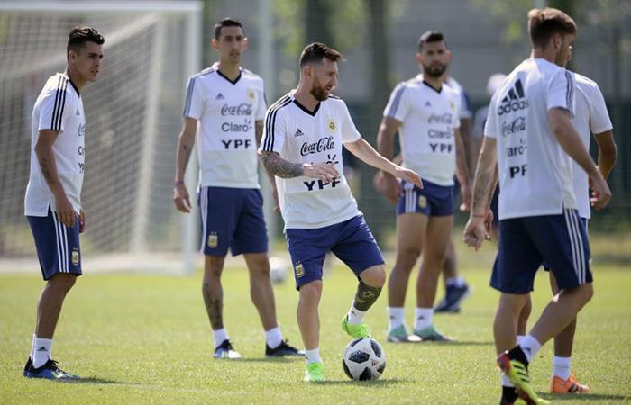 La Argentina ya tiene el once que buscará la clasificación. Foto: EFE