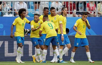 Brasil se impone ante México y avanza a los cuartos de final del mundial
