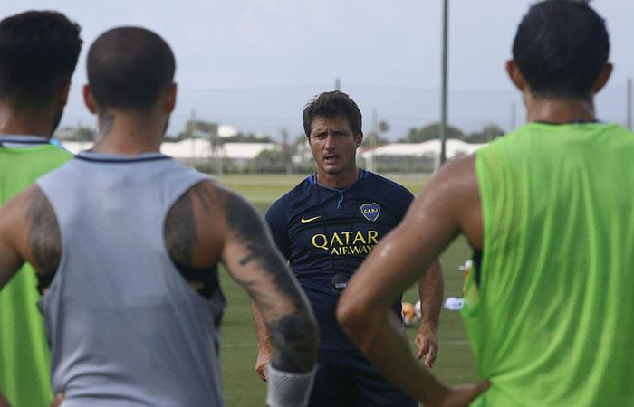 Guillermo Barros Schelotto continúa con los trabajos en Boca. Foto: Twitter