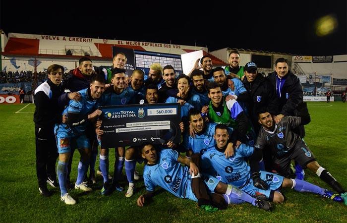 Defensores Unidos da el batacazo y elimina a Godoy Cruz de la Copa Argentina