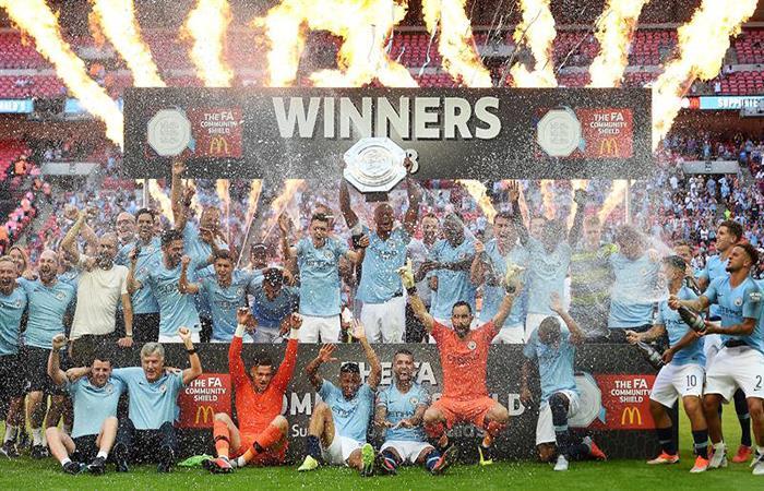 El Manchester City alzó el primer título de la temporada. (FOTO: EFE)