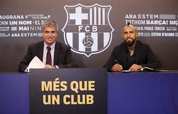 Arturo Vidal supera las pruebas médicas y firma contrato con el FC Barcelona
