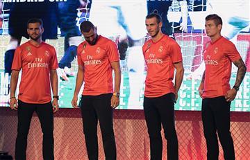 Real Madrid presenta su nueva camiseta color coral