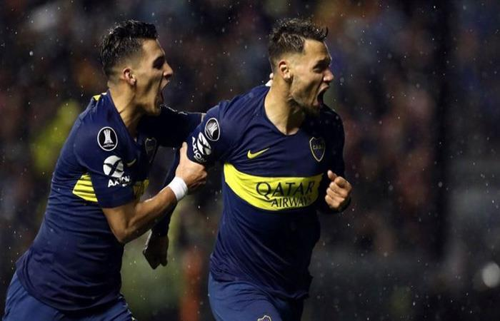 Mauro Zárate y Cristian Pavón (Foto: Twitter)