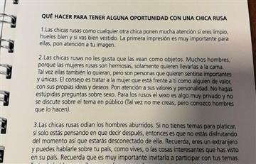 AFA multa a responsable de la impresión del 'manual machista' del Mundial
