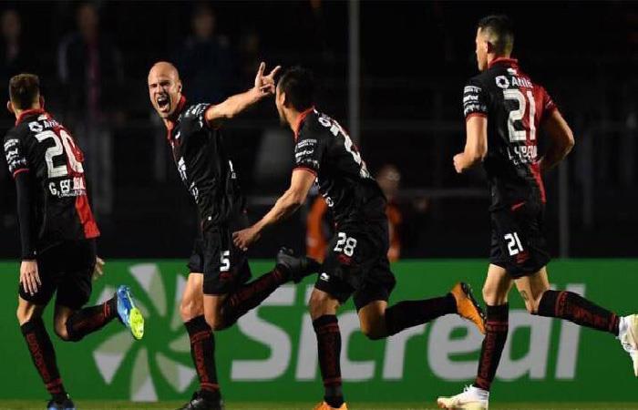 Colón de Santa Fe vs Sao Paulo: los goles de la histórica clasificación del 'Sabalero'