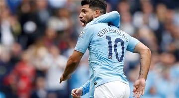 Sergio Agüero anotó un golazo en el partido del Manchester City
