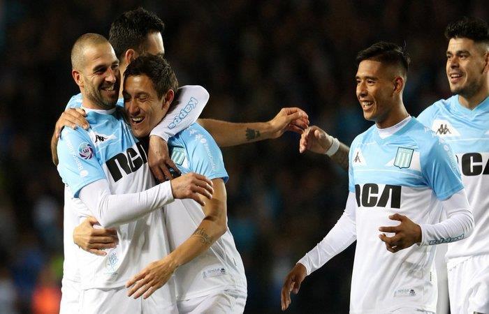 Racing Club venció 2-0 a Vélez. Foto: Twitter