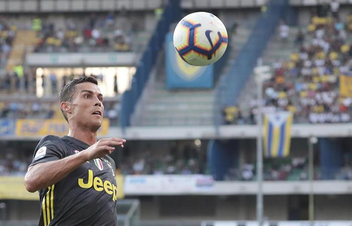 Cristiano Ronaldo en su debut con la Juventus. (FOTO: EFE)