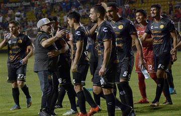 Los goles del debut de Maradona