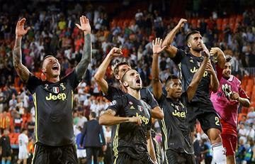 Juventus se copa en su debut por la Champions League