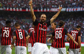Higuaín anota y empata el Milan