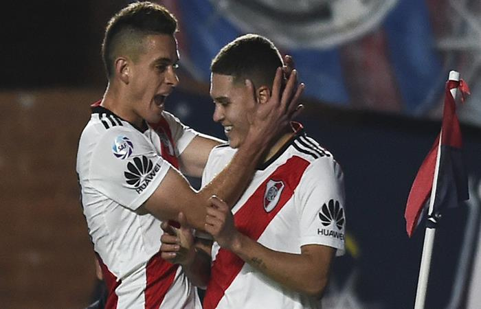 Santos Borre y Juan Fernando Quintero. (FOTO: AFP)