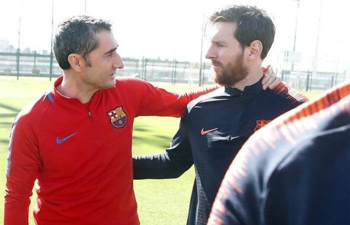 Ernesto Valverde y Lionel Messi (Foto: Twitter)