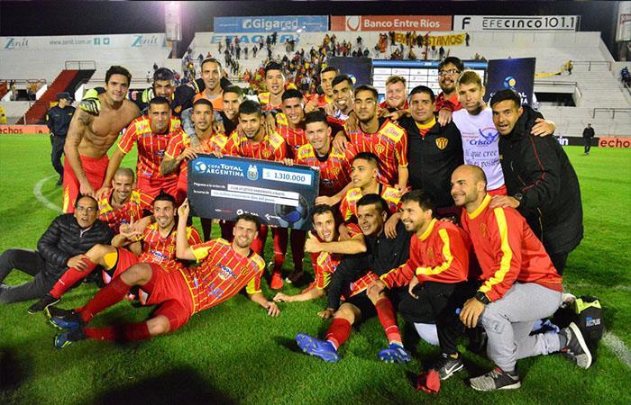 Sarmiento venció 2-0 a Atlético Rafaela (Foto: Twitter)