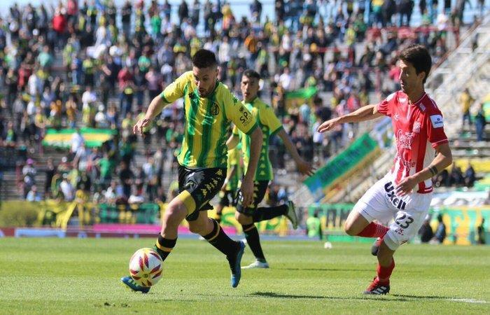 Aldosivi venció 2-0 a San Martín de Tucumán (Foto: Twitter)
