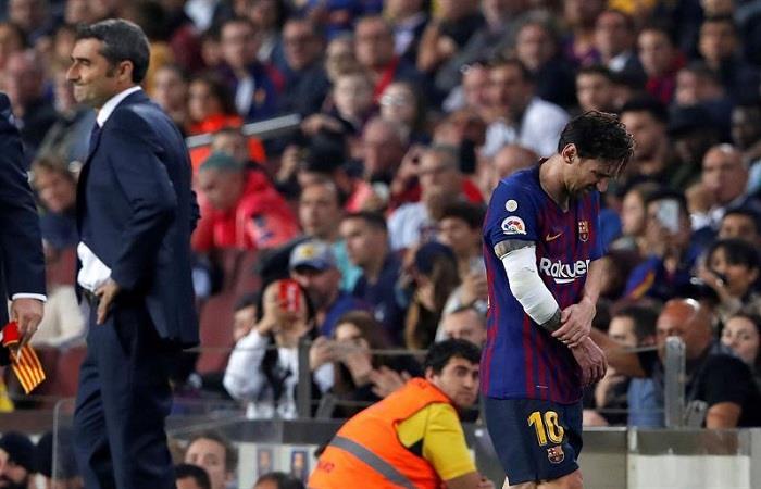 Ernesto Valverde y Lionel Messi. Foto: EFE