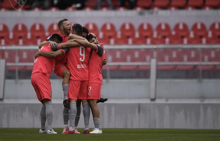 Independiente venció 3-1 a Huracán (Foto: Twitter)