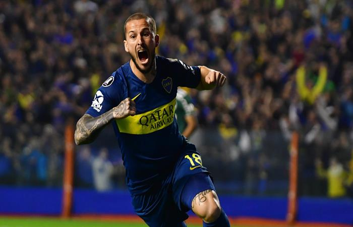 Darío Benedetto celebrando el gol de Boca Juniors. (FOTO: EFE)