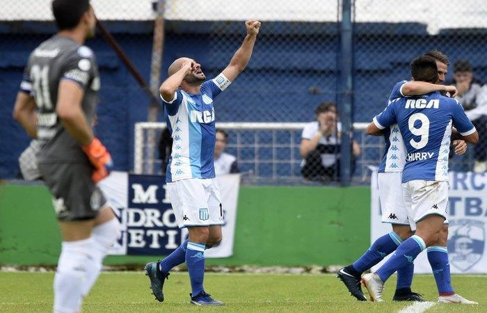 Racing Club vence 3-0 a Gimnasia. Foto: Twitter