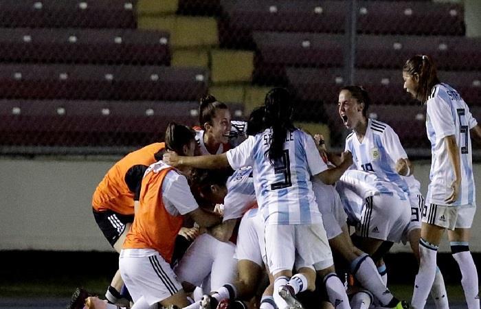 La Selección Argentina femenina clasificó al Mundial de Francia. Foto: EFE