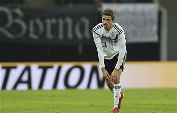 Thomas Müller suma cien partidos en el peor momento de Alemania
