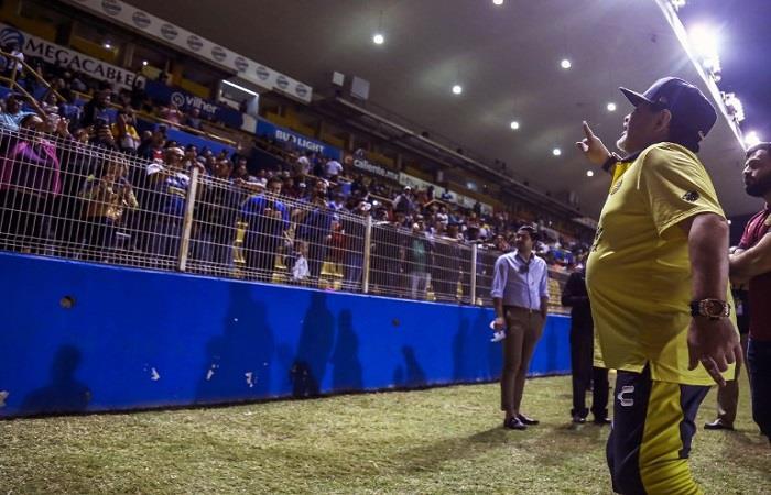 Diego Armando Maradona está feliz. Foto: AFP