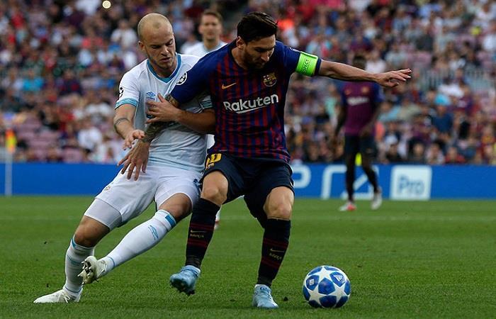 Barcelona y PSV chocan por la Champions League. (FOTO: AFP)