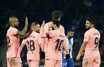 Liga Santander: Messi, recital de líder en un derbi sin color