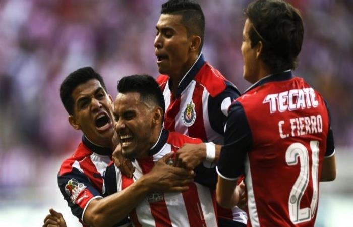 El Chivas quiere ser el primer equipo que pase a las finales de la competicion y, porque no, ser el primer equipo mexicano en ser campeon del mundo. Foto: AFP
